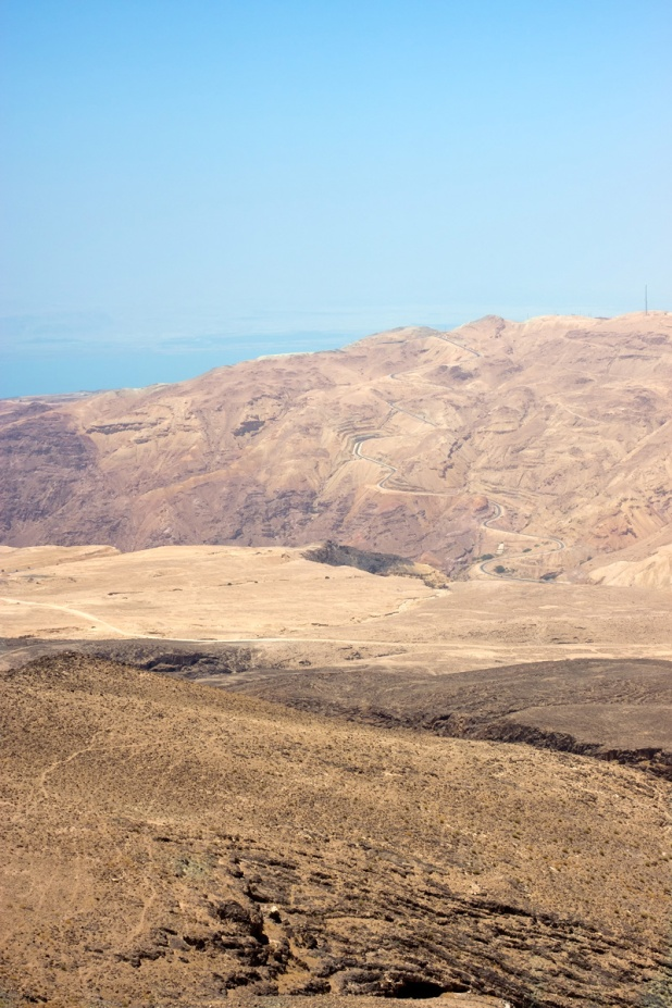 The road to Maín and Dead Sea Panorama