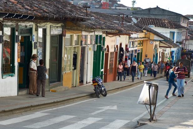 Salamina main road
